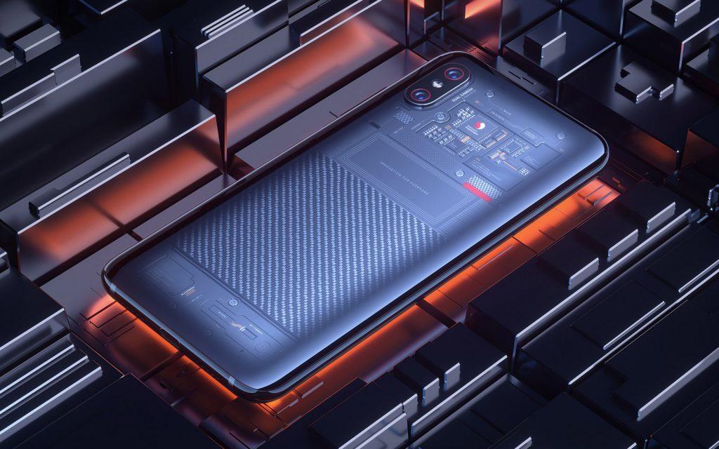 """Xiaomi decidió aclarar el alboroto y emitió un comunicado aThe Vergediciendo que no es una pegatina y que el dispositivo es realmente transparente.También dijo que las partes que vemos """"en la mitad superior trasera, por ejemplo, son partes de la placa base real""""."""