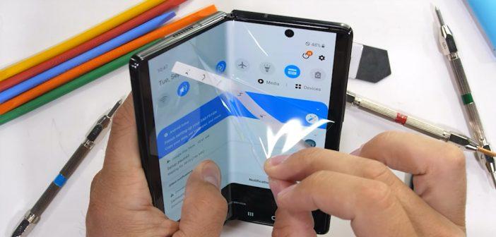 El Samsung Z Fold 2 resiste duro test de durabilidad, la bisagra resiste mucho