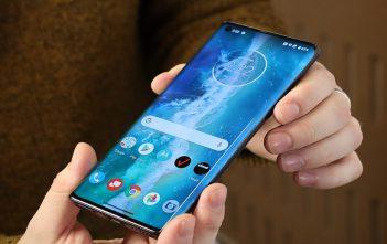 El póster del Motorola Edge S se filtró y confirma el diseño