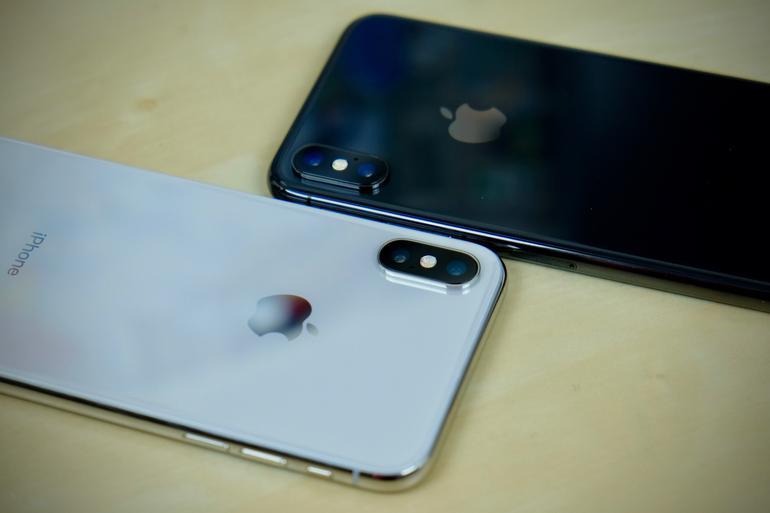 Apple contrata ejecutivo de samsung