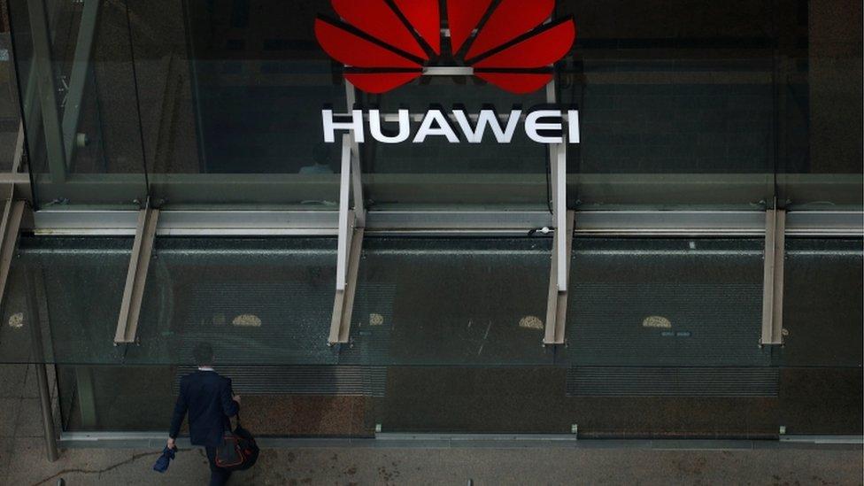 Huawei demanda EE.UU
