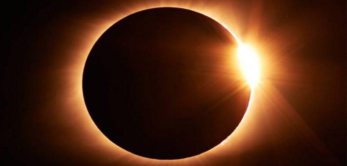 Huawei-nos-entrega-los-mejores-consejos-para-fotografiar-el-Eclipse-solar